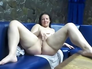 Babe, Couch, Fisting, Jerking, Masturbation,