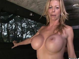 Alexis Fawx, Big Ass, Big Tits, Bold, Brunette, Cuban, Diamond Kitty, HD, Latina, Pornstar,