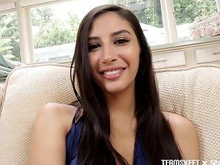 Selena Castro Sex oralny